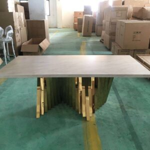 Chrystal VIP Table